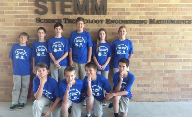 Picture of STEMM students going to State Science Fair